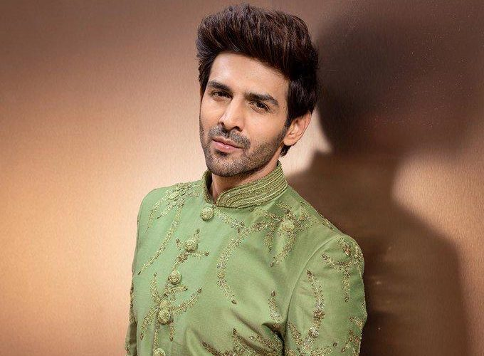 After ending the year with a Dhamaka, Kartik Aaryan kickstarts the new year with his first shoot