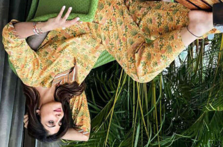 Shilpa Shetty Kundra leaves netizens guessing as she uploads an upside-down picture on Instagram