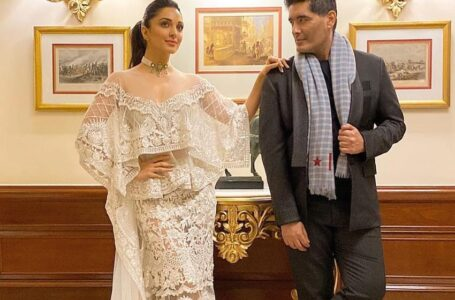 Kiara Advani to walk the ramp for Manish Malhotra as his showstopper at the Lakme Fashion Week.