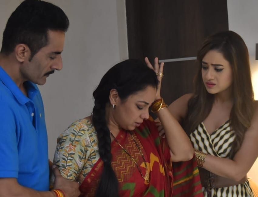 'Anupamaa': How will the Shahs cope up with this new crisis ?