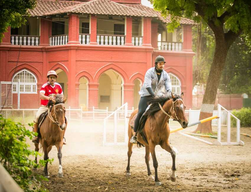 Ali Fazal takes to his passion for horse riding, starts training for it in Mumbai
